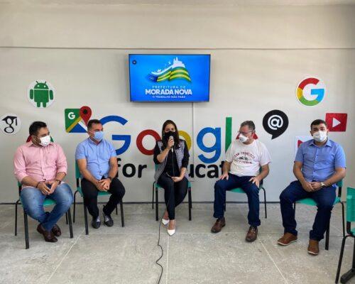 Presidente Marquinho da Ana participa de evento na escola Hilda Ponciano